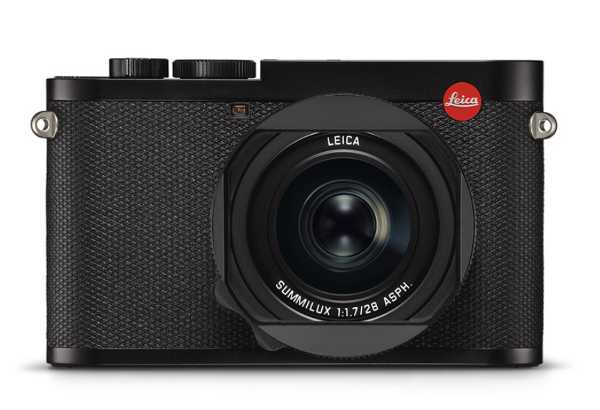LeicaQ2-front