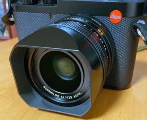 Leica Q2 lens hood