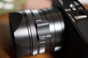 Leica Q2下から見上げる