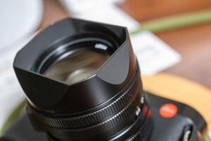 Leica Q2付属のレンズフードが凄い